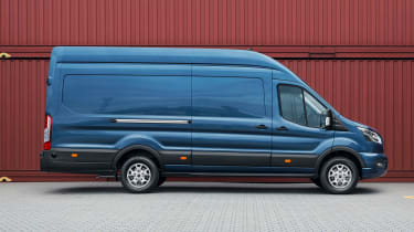Ford Transit 2019 side profile