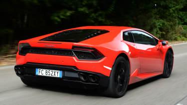 Lamborghini Huracan LP580-2 - rear tracking