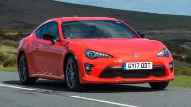 Toyota GT86 Orange Edition - front