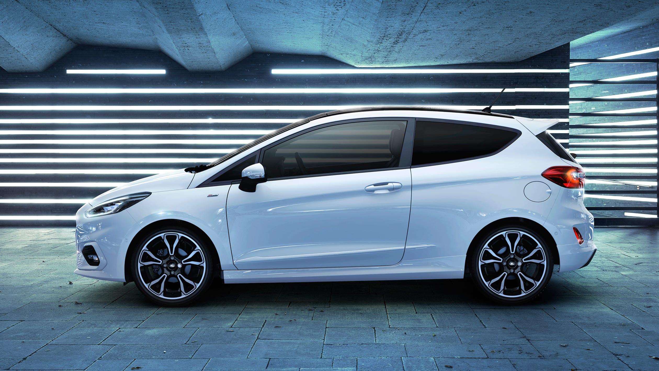 2017 - [Ford] Fiesta MkVII  - Page 16 New%20Ford%20Fiesta%20EcoBoost%20Hybrid-2