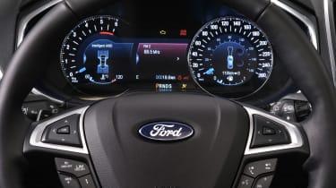 Ford Galaxy AWD - instruments