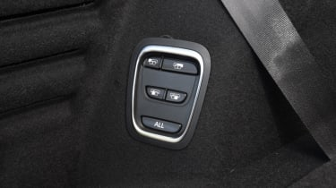 Renault Grand Scenic seat folding button