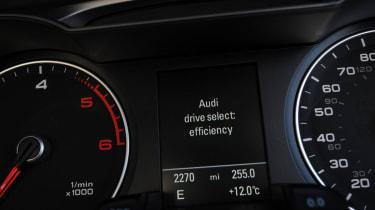 Audi A4 dials