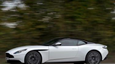 Aston Martin DB11 - side