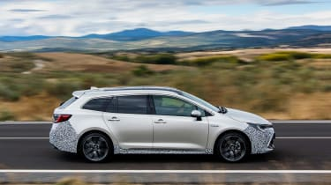 Toyota Corolla Touring Sports prototype - side