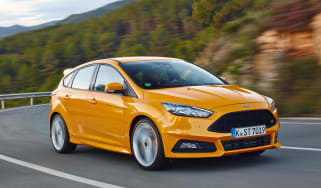 Ford Focus ST diesel driving