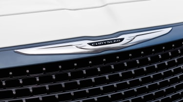 Chrysler 300C SRT8 badge