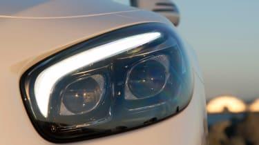 Mercedes SL400 - front light detail