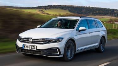 Volkswagen Passat GTE - front tracking