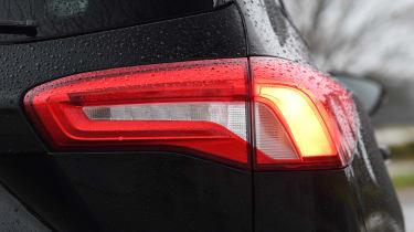 ford focus estate rear light
