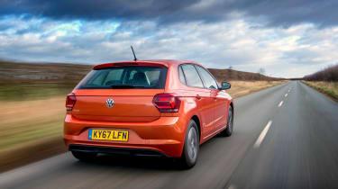 Volkswagen Polo 1.0 MPI - rear tracking