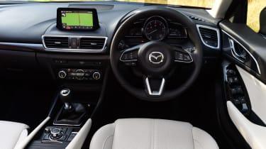 Mazda 3 2016 - interior