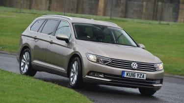 Long-term test review Volkswagen Passat Estate - front cornering