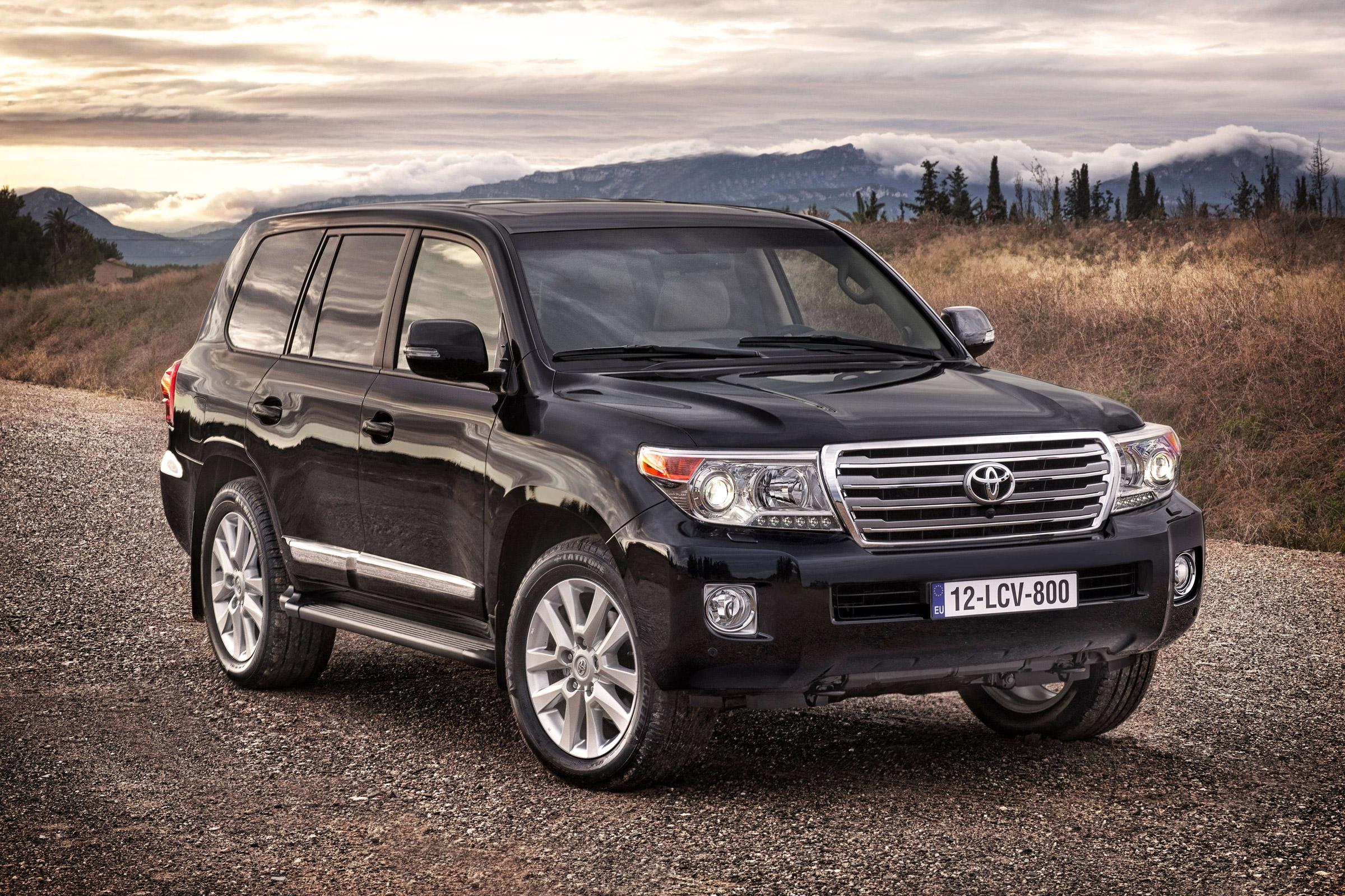 Kelebihan Kekurangan Toyota Land Cruiser V8 2018 Murah Berkualitas