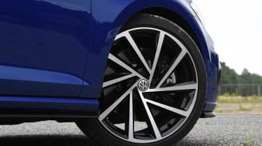 Volkswagen Golf R Performance Pack - wheel