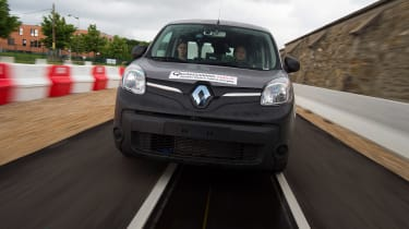 Renault Kangoo wireless charging