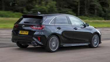 Kia Ceed rear tracking