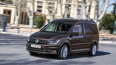 Volkswagen Caddy Life - driving