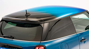 MINI Electric facelift - roof