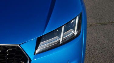 Audi TT RS Roadster - front light detail