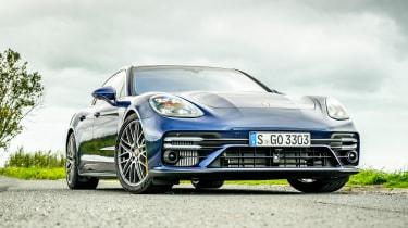 Porsche Panamera - rear controls