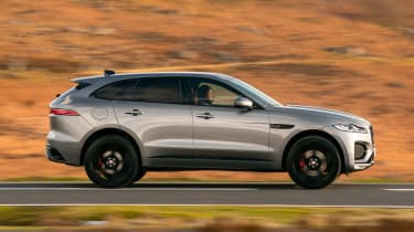 Jaguar F-Pace P400 - side
