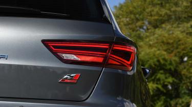 SEAT Leon ST Cupra 300 Carbon Edition - taillight