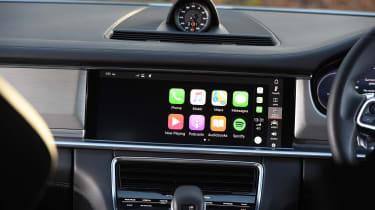 Porsche Panamera Turbo Sport Turismo - Apple CarPlay