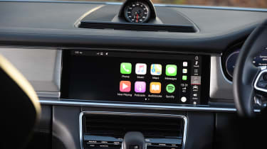 Porsche Panamera Turbo Sport Turismo - Apple CarPlay