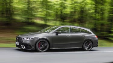 Mercedes-AMG CLA 45 Shooting Brake side