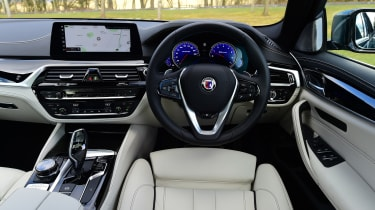 Alpina B5 Touring - interior