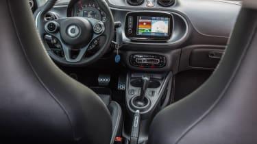 Smart ForTwo Brabus 2016 - interior 2