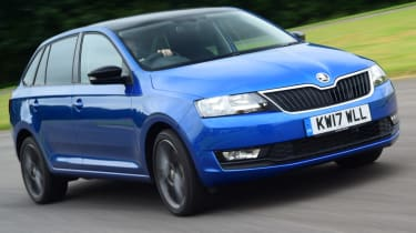 Skoda Rapid Spaceback - front action