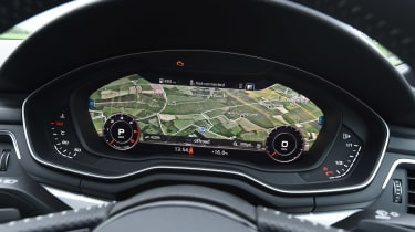 Audi A5 - dials