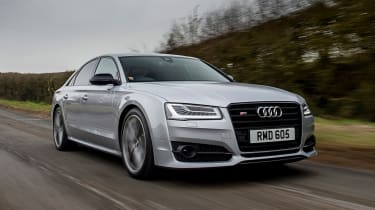 Audi S8 Plus 2016 - front tracking