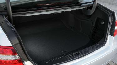 Mercedes E300 BlueTEC Hybrid boot
