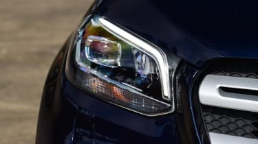 Mercedes X-Class - headlight