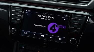 Skoda Superb - DAB radio