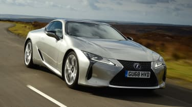 Lexus LC - front tracking