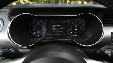 Ford Mustang Convertible - speedo