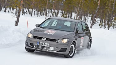 Winter tyre test - snow cornering