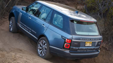 New Range Rover PHEV 2017 review - off roading