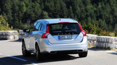 Volvo V60 D4 rear tracking