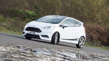 Ford Fiesta ST Mountune 230 - front cornering 2