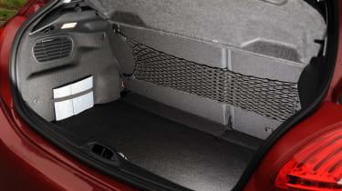 Peugeot 208 boot
