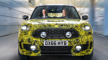 MINI Countryman PHEV - disguised front