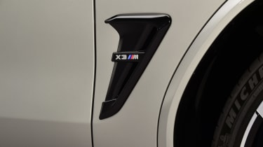 BMW X3M - side detail