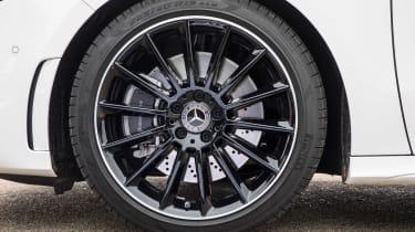 Mercedes B-Class wheel