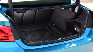 BMW 420d M Sport - boot