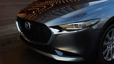 Mazda 3 Fastback - front detail